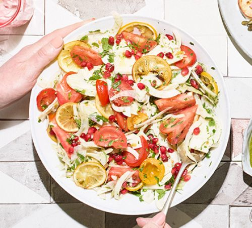 Creating and Serving Salads During Your Summer Dinner Party