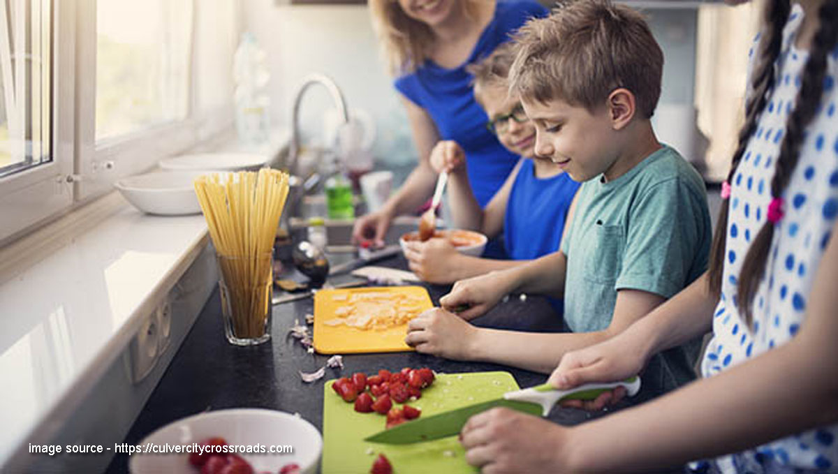 How to Make an Easy Three-Course Meal With Children